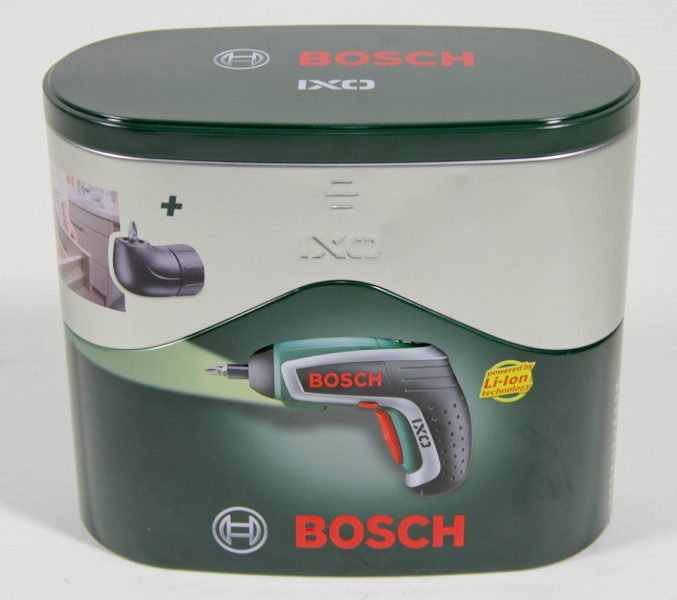 bosch ixo akkuschrauber 3 6v lithium ionen inklusive winkelaufsatz ebay. Black Bedroom Furniture Sets. Home Design Ideas